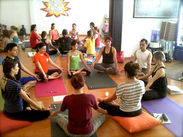 Sadhak-Yoga-Contry002