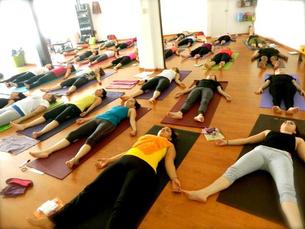 Sadhak-Yoga-Contry004