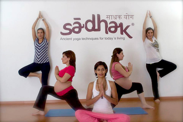 Sadhak-Yoga-Contry005