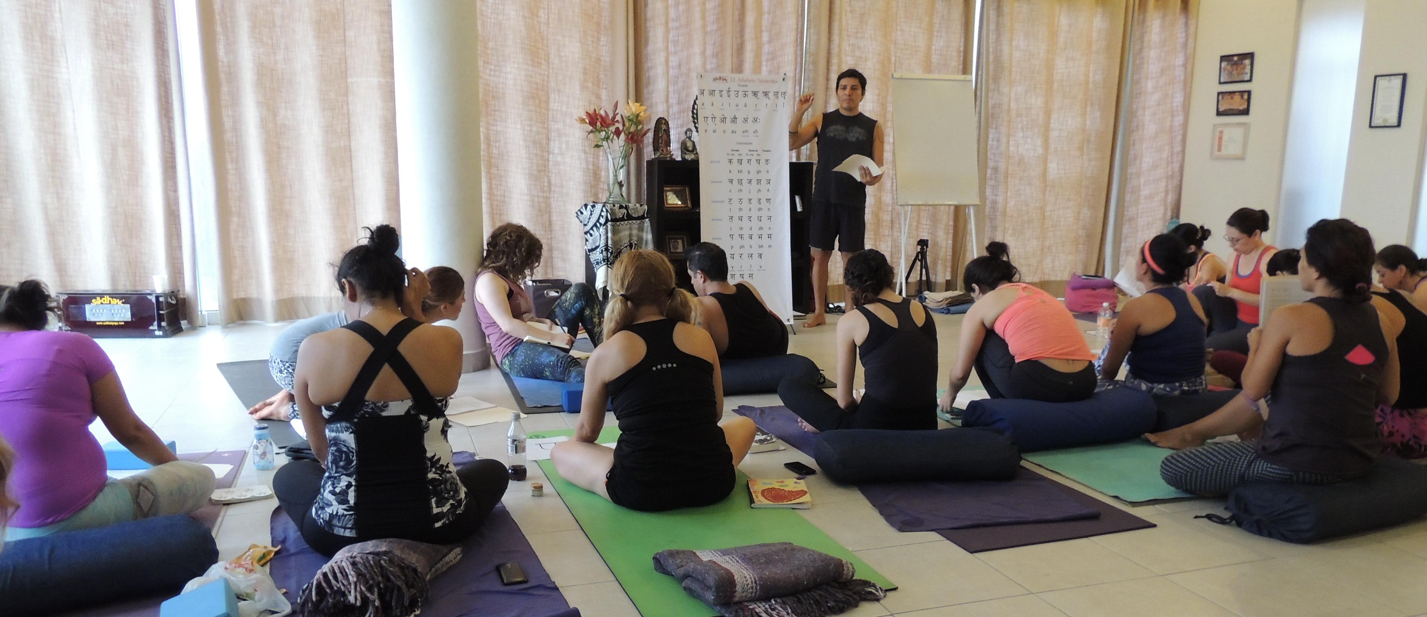 5 tips verdaderamente importantes para nuevos maestros de yoga ...