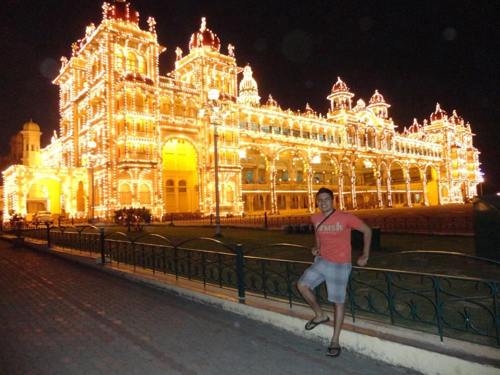 Mysore Palace Retiro de Yoga y Viaje a India 2016