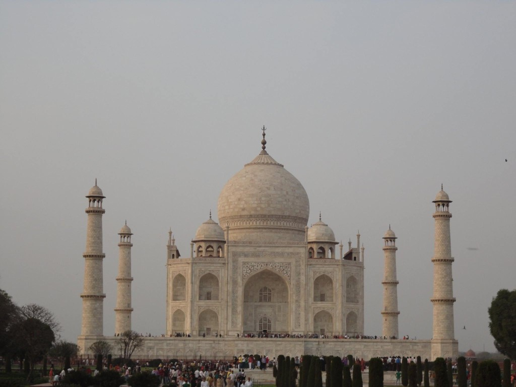 Taj Mahal Retiro de Yoga y Viaje a India 2016
