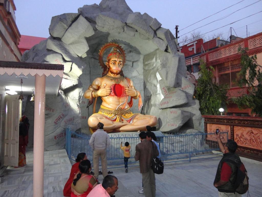 Hanuman Rishikesh Retiro de Yoga y Viaje a India 2016