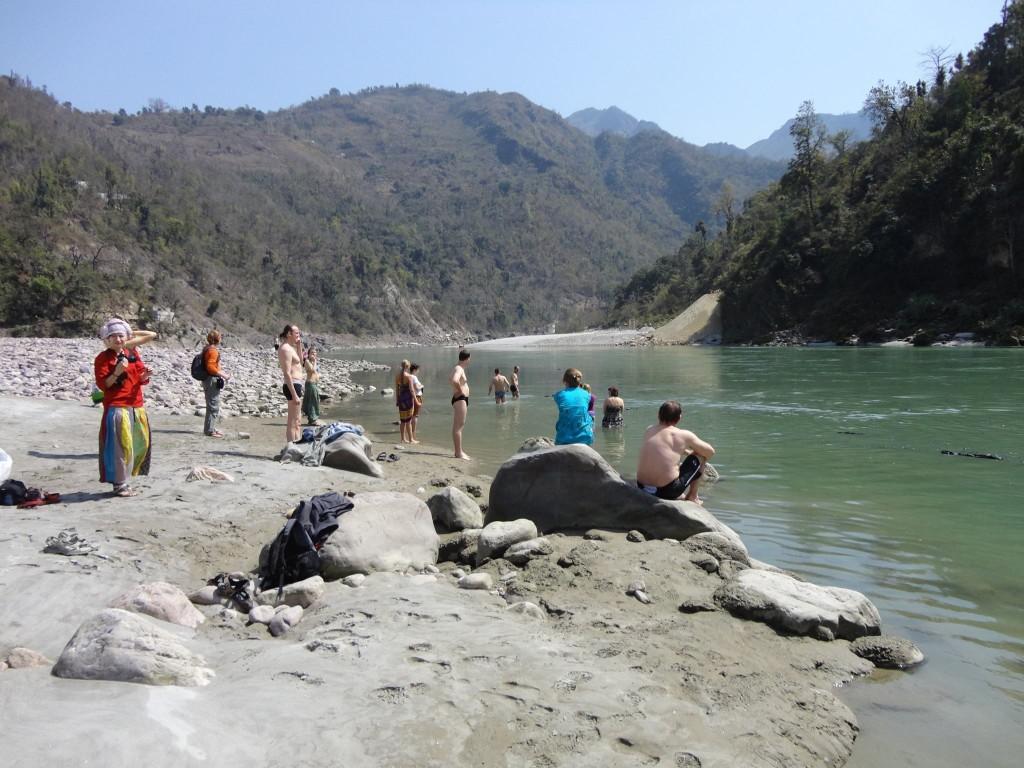 Rishikesh Rio Ganges Retiro de Yoga y Viaje a India 2016